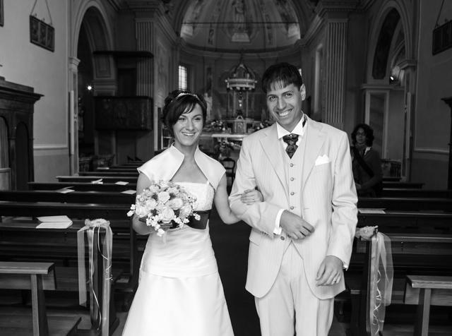 Uscita sposi dala Chiesa di Mirazzano Ss. Cosma e Damiano