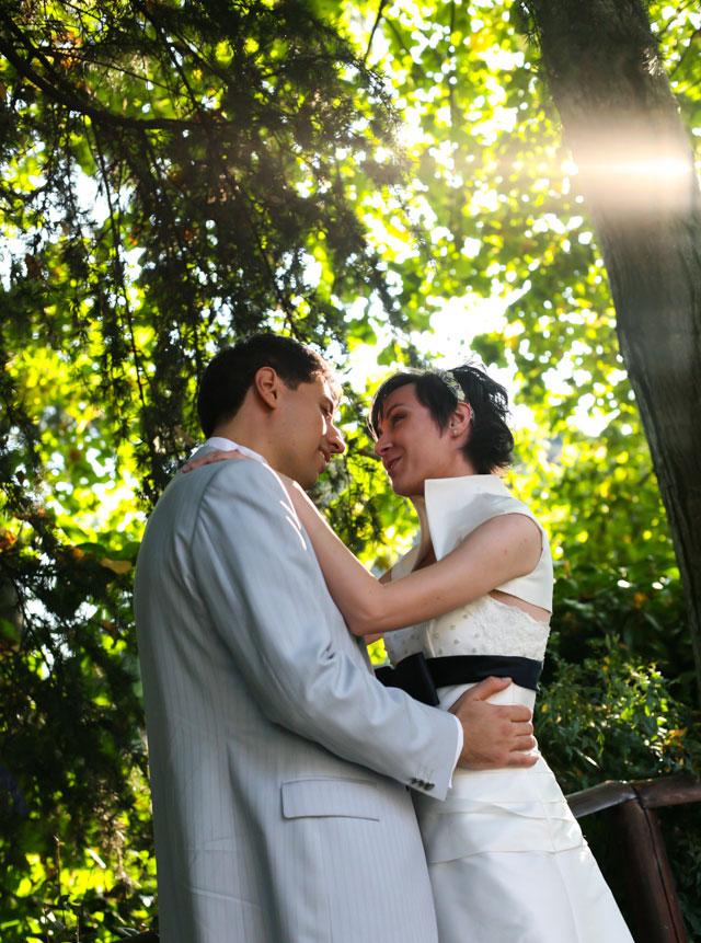 sposi in giardino foto matrimonio Trattoria Rosetta di Capergnanica.