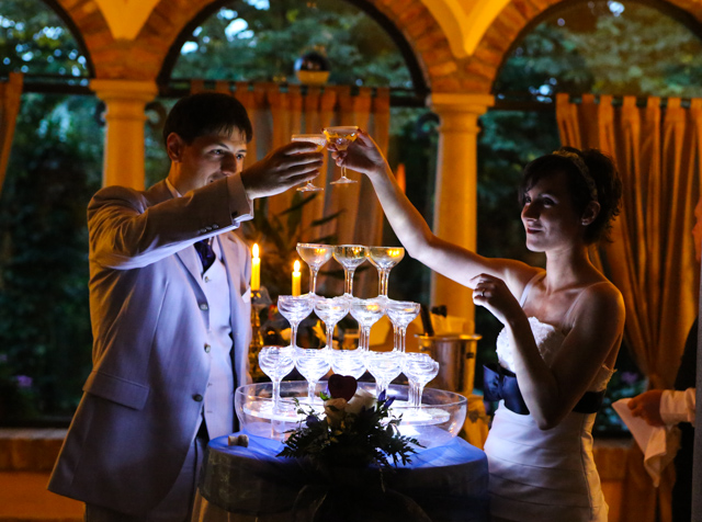 matrimonio Trattoria Rosetta di Capergnanica. Brindisi sposi