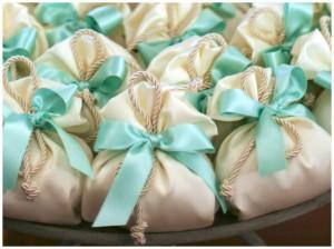 I piccoli particolari che possono personalizzare un matrimonio (bianco e verde tiffany)