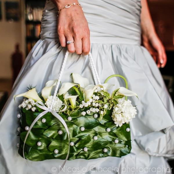 bouquet sposa a borsetta