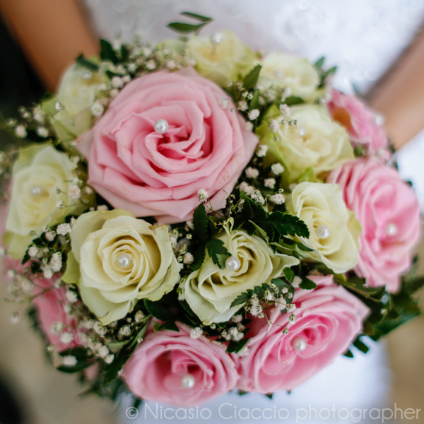 bouquet sposa bianco e rosa