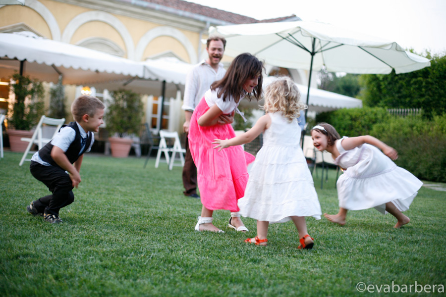 bambini giocano ristorante La Limonera di Rovellasca