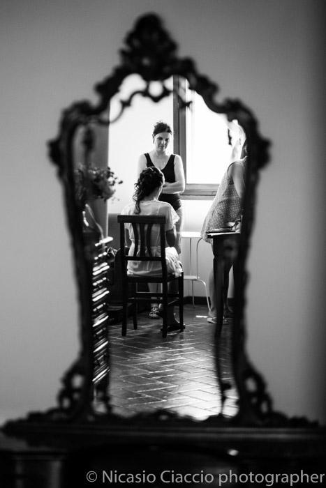 riflessi allo specchio preparazione sposa
