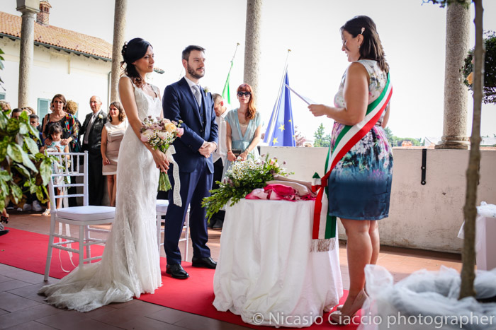 Sposi durante cerimonia Reportage di matrimonio