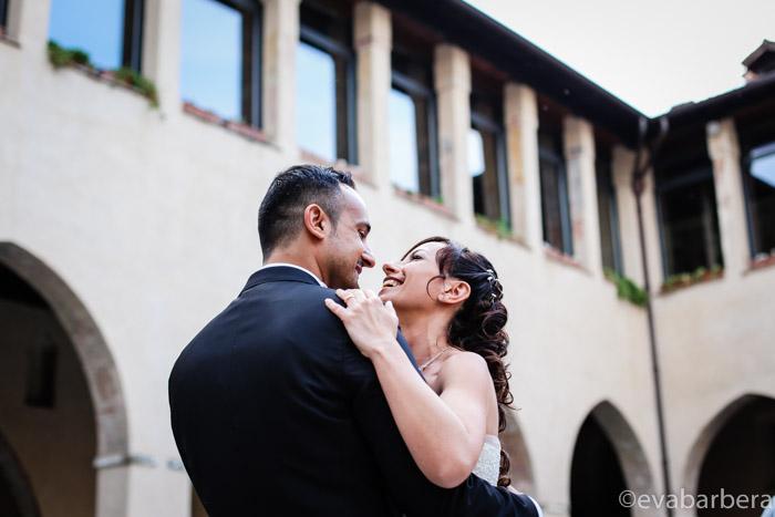 Foto ritratto sposi durante matrimonio Fortezza Viscontea, fotografo milano