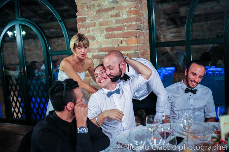scherzi tra gli sposi e gli invitati