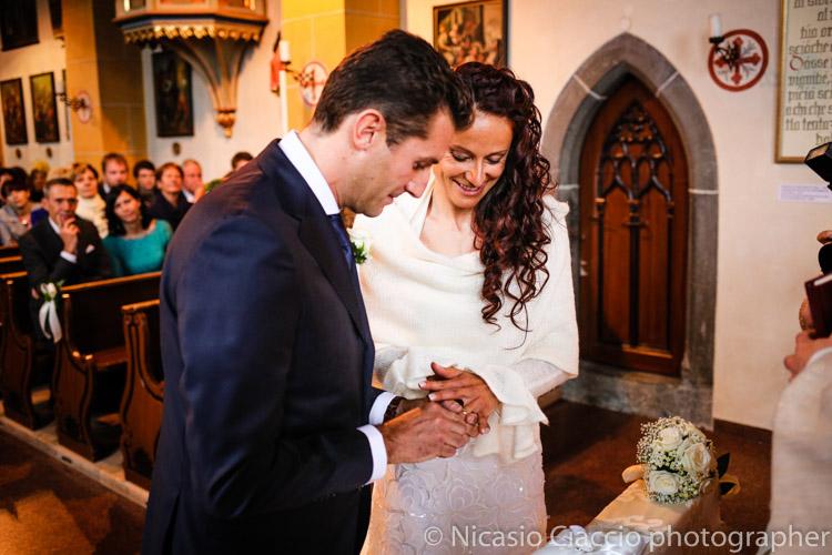 Foto matrimonio Colfosco, scambio degli anelli
