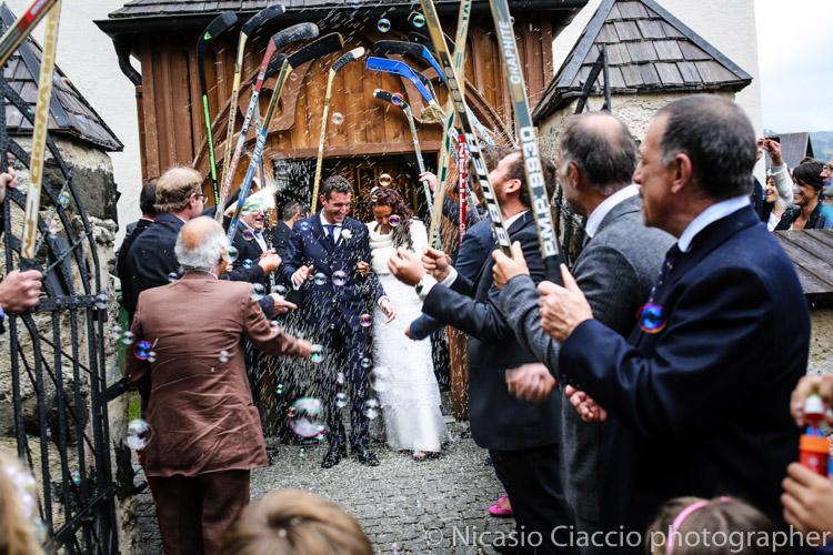 lancio del riso Foto matrimonio Colfosco