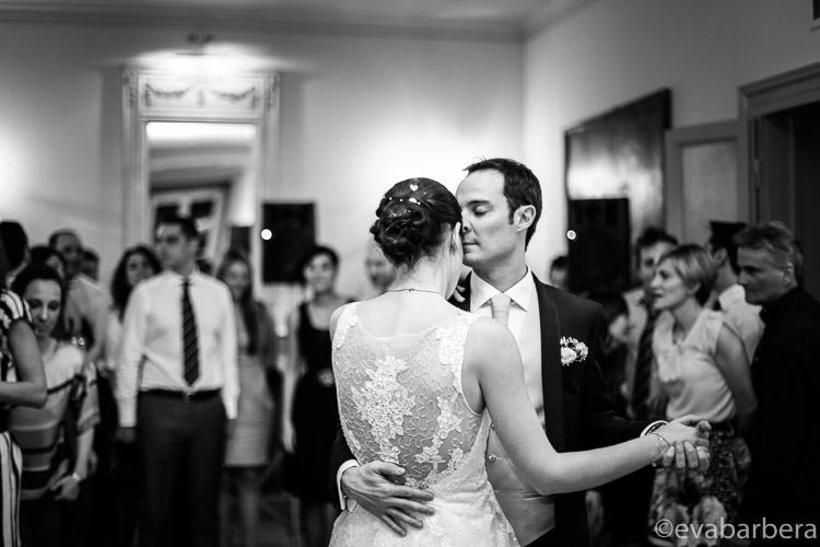 Foto Matrimonio Villa Acquaroli, ballo degli sposi, fotografo milano