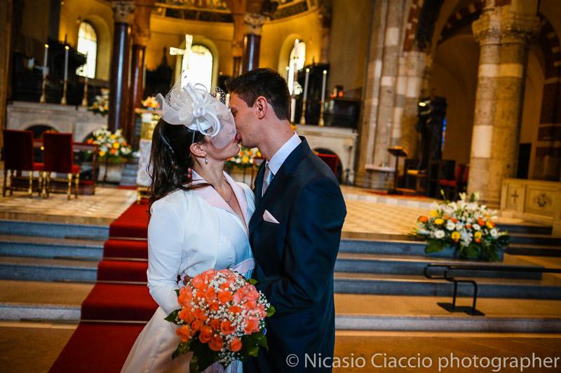 foto bacio sposi-matrimonio-Milano-012
