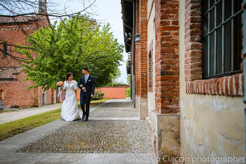 foto sposi a Morimondo matrimonio-Milano