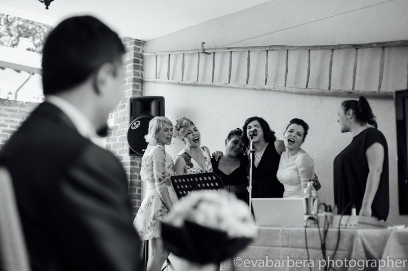 Sposa che canta -Matrimonio Molino Santa Marta