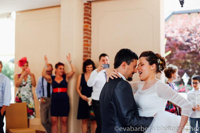 Sposi che ballano -Matrimonio Molino Santa Marta