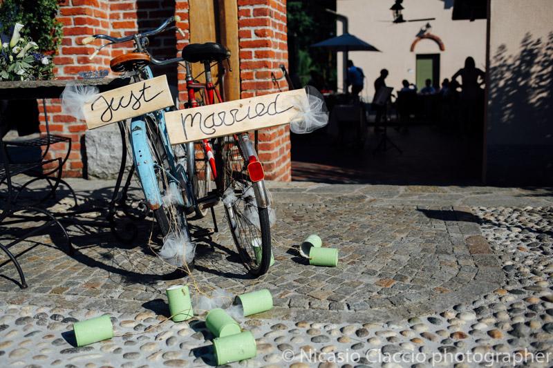 Dettaglio allestimento biciclette just married -Matrimonio Molino Santa Marta-2