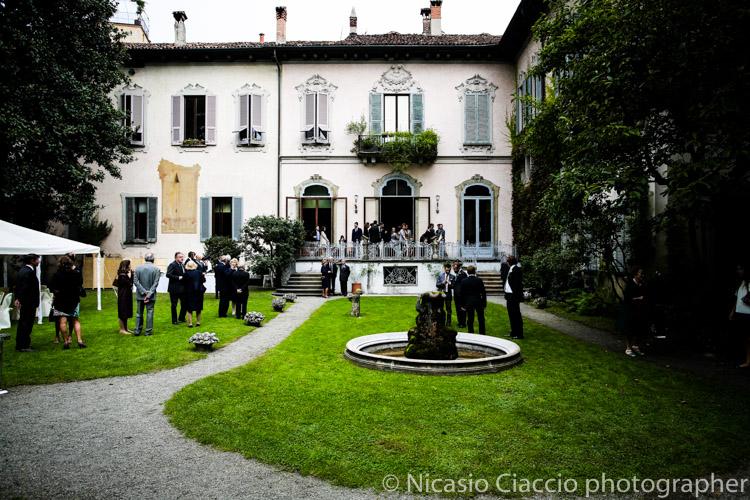 Veduda del giardino esterno Matrimonio tra le Vigne di Leonardo Milano presso Casa Atellani nel cuore di Milano. sposarsi a Milano, fotografo famoso, Matrimonio elegante a milano