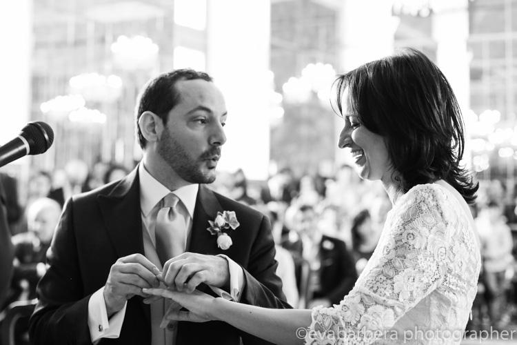 Scambio degli anelli - foto matrimonio milano officine del volo