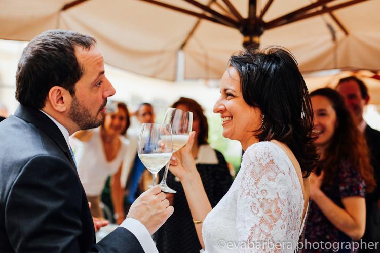 brindisi sposi milano cortilr palazzo reale - foto matrimonio milano officine del volo