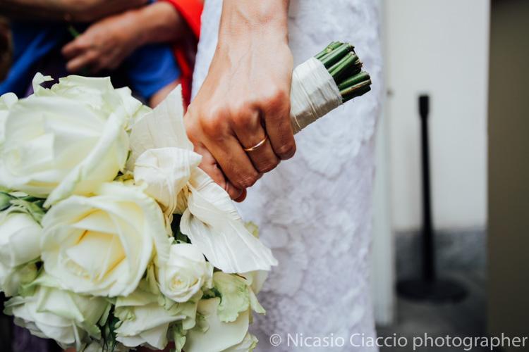 Particolare fede sposa - foto matrimonio milano officine del volo-2