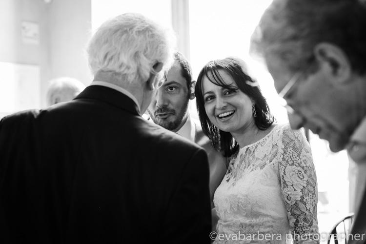 sposi al Giacomo Caffe palazzo reale - foto matrimonio milano officine del volo