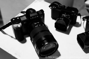 Leica SL Il futuro tra le dita.