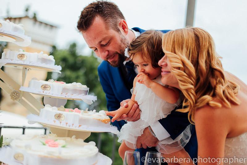 sposi e la torta