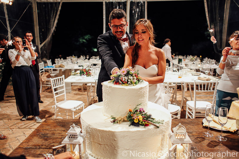 taglio torta matrimonio tenuta pegazzera