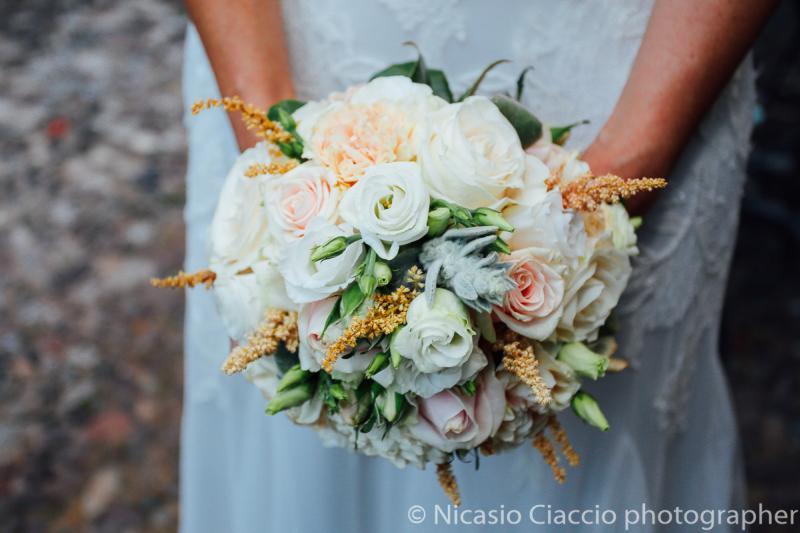 Bouquet rose rosa bianche piante grasse - Bouquet Sposa