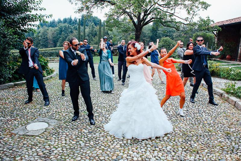 Danze durante il ricevimento nuziale al castello di cernusco lombardone